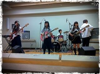 20120901 『軽音楽部』交流ライブ.png