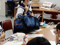 200730【ブログ】授業の風景⑧(2年「理数地学」実習②)②.jpgのサムネイル画像