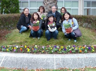161109花の植え付け4