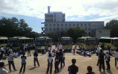 バス避難訓練1