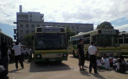 バス避難訓練2