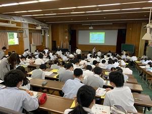 06031年キャリア講演 (2).jpg