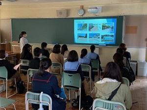 1107学校説明会 (2).jpg