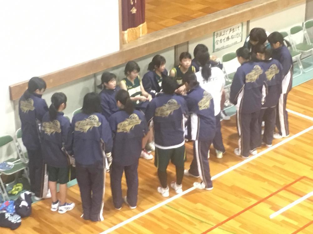女子バスケットボール部のハーフタイム
